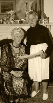 Judith & Clara sepia